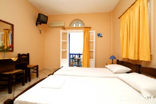 accommodation galini bungalows room