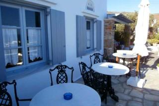 facilities galini bungalows sitting area